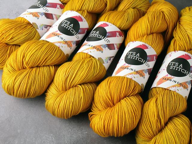 Favourite Sock – pure merino superwash wool 4 ply/fingering hand dyed yarn 100g – 'Colonel Mustard' (golden yellow)