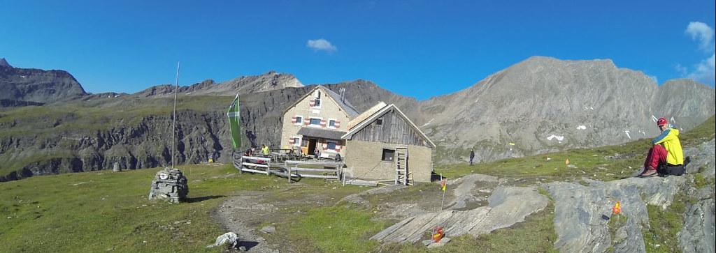 A small hut en route to Pfortscharte
