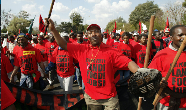 南非执政党进入推动修宪,企图解决土地分配极度不均的问题。(图片来源:Pindaii)