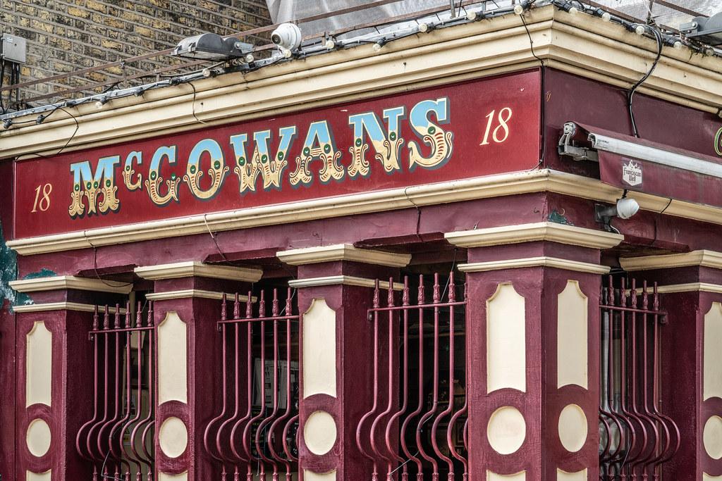 McGOWAN'S PUB IN PHIBSBOROUGH 001