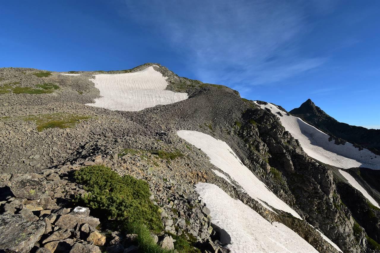 北アルプス・中岳と槍ヶ岳