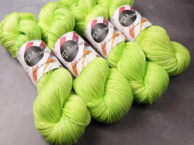 Brilliance 4 Ply  – British Bluefaced Leicester wool and silk hand-dyed yarn 100g – 'Uranium'