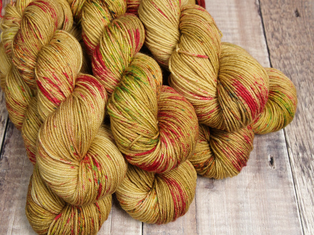 Dynamite DK pure British wool superwash hand-dyed yarn 100g – 'Cider Season'