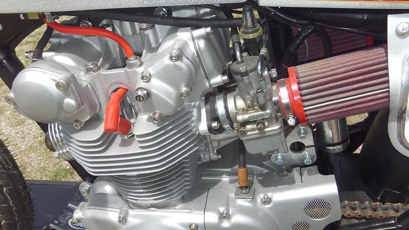 Honda 450 Café Racer préparation Motocyclettes PZF Design 29140998578_d5a4972421_c