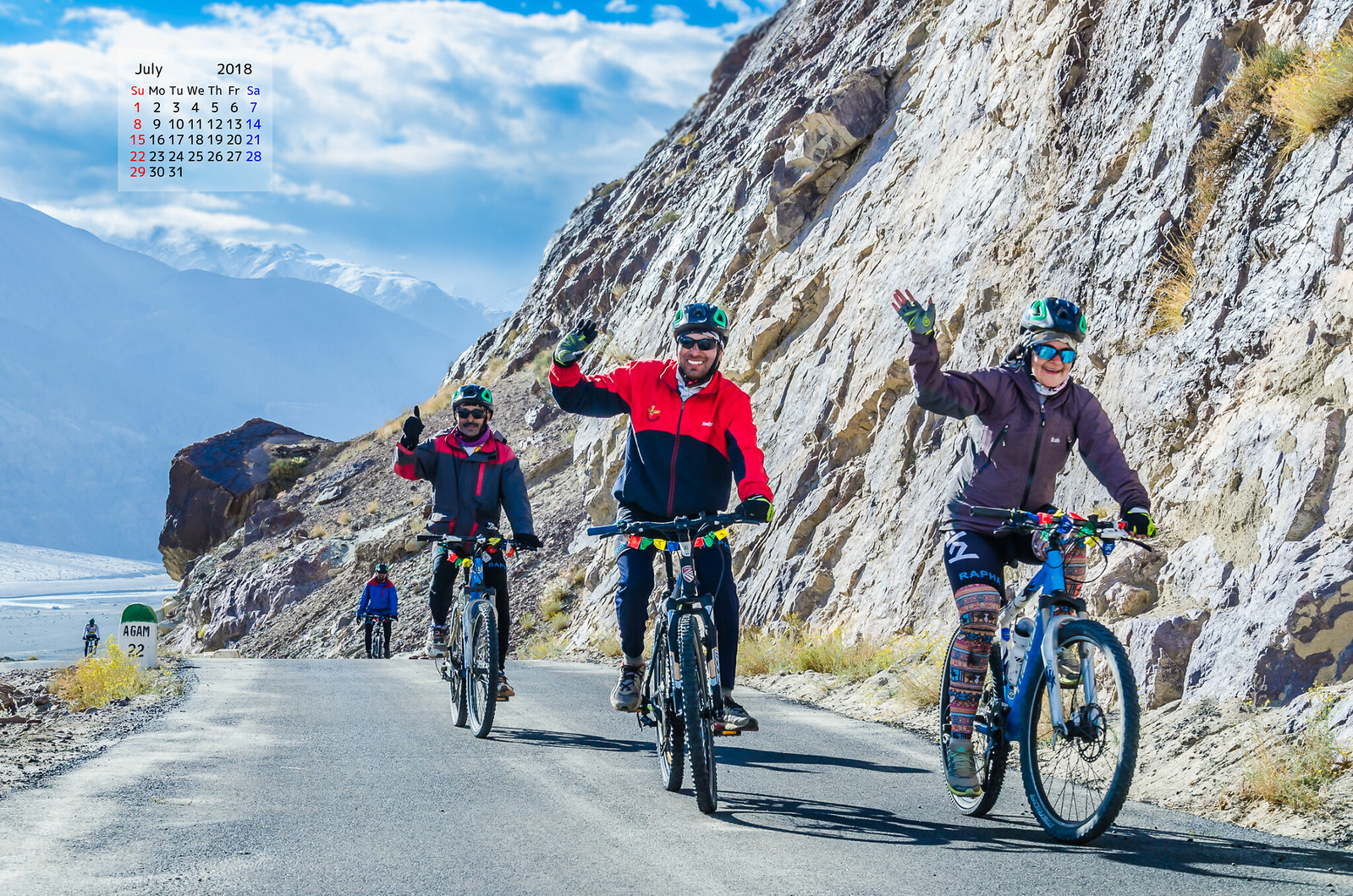 Free download July 2018 Calendar Wallpaper - Cycling In Ladakh
