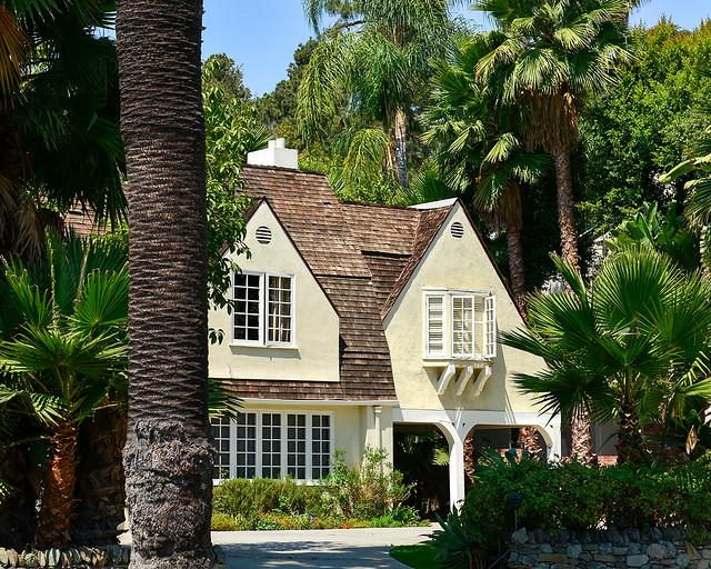 Mansiones de famosos de Beberly Hills, una de las mejores cosas que ver en Los Angeles