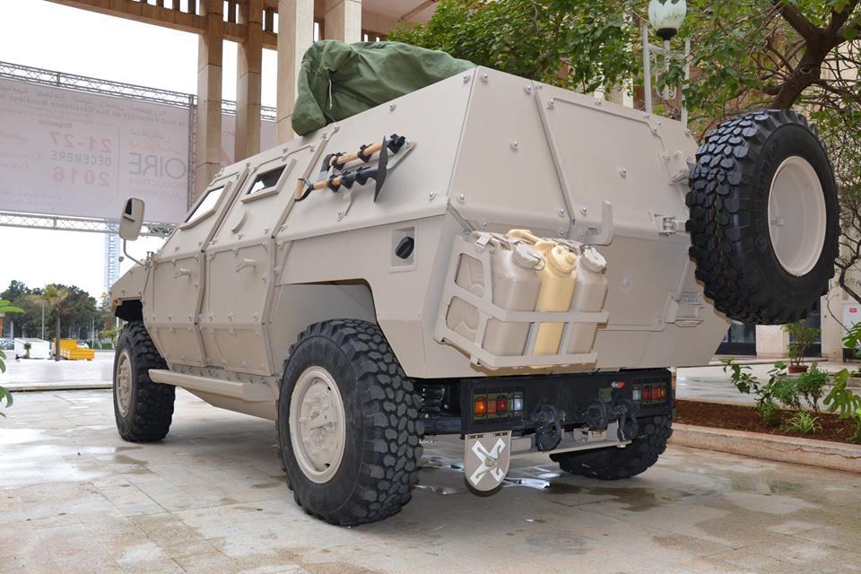 الصناعة العسكرية الجزائرية عربات ( النمر )  - صفحة 9 41347611440_bc8a1c507c_o