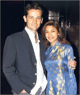 indian celebs who married foreigners