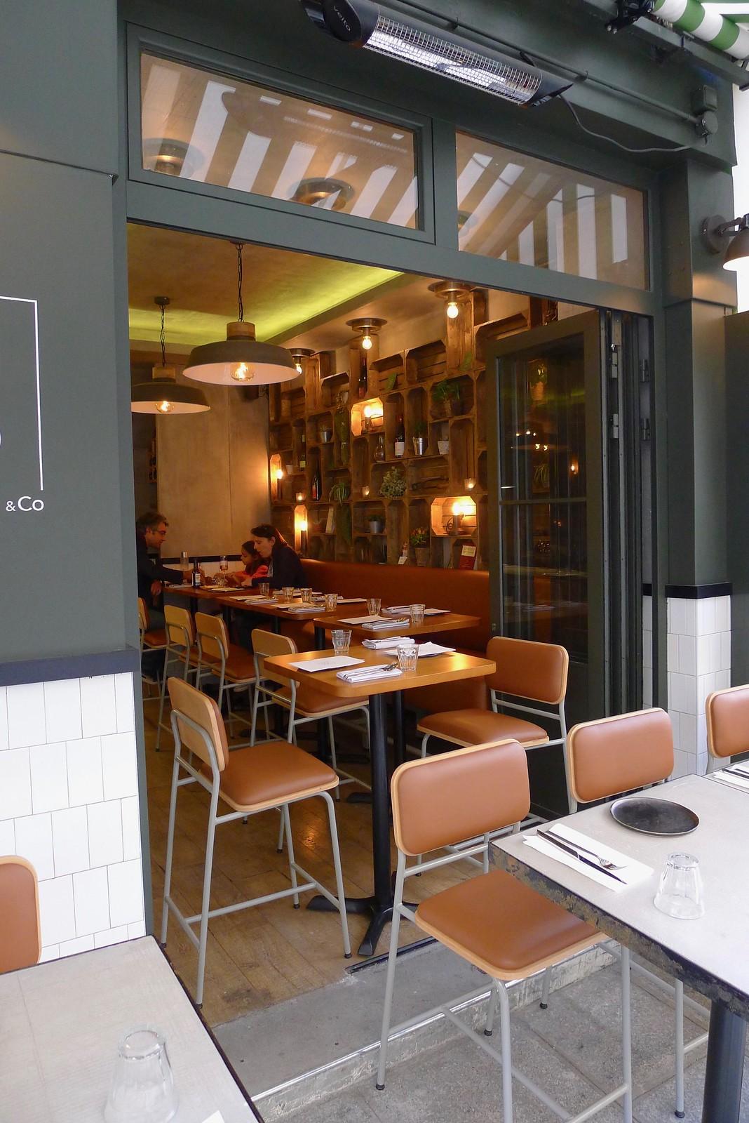 Restaurant Tomy & Co, Paris