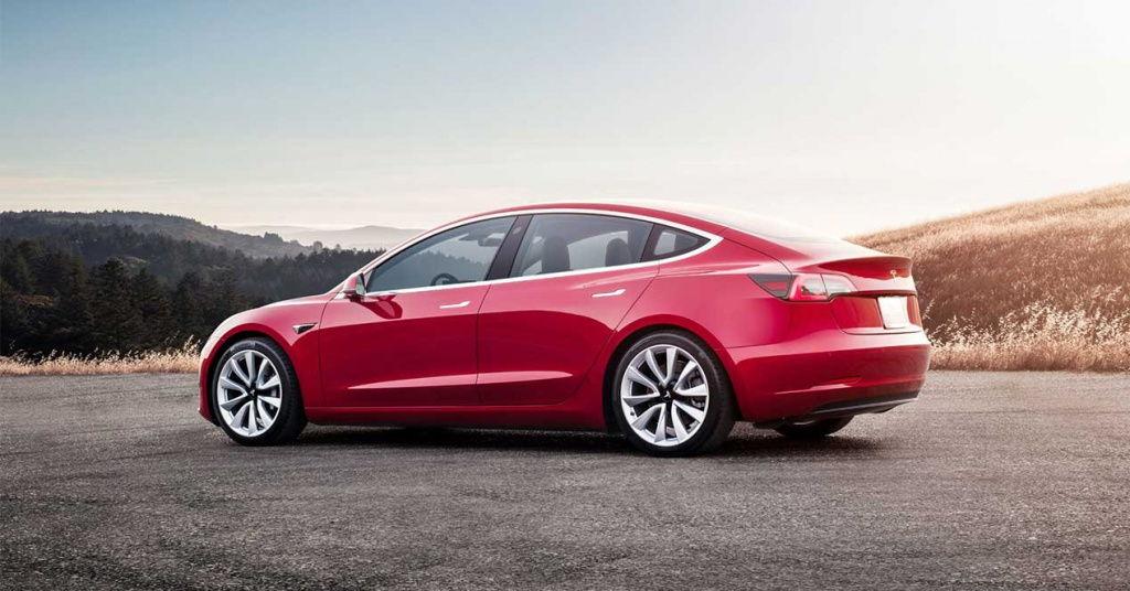 Se dispara la demanda de coches eléctricos, y no hay suficientes baterías