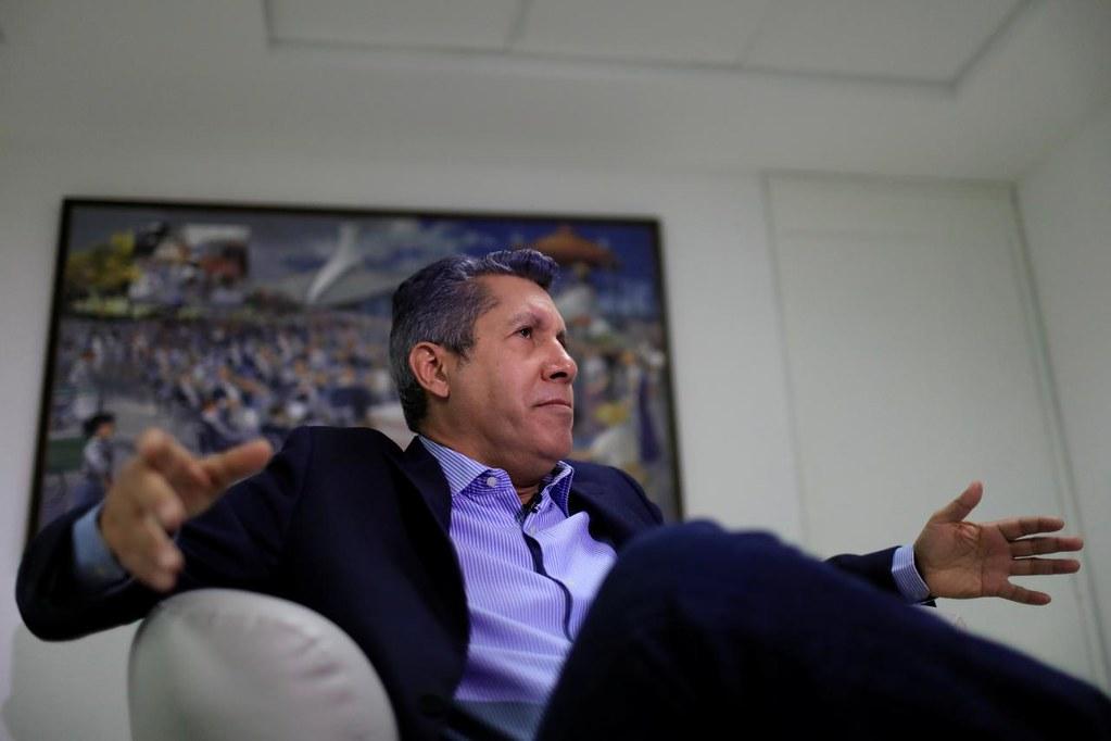 2018委内瑞拉总统大选独立参选人法尔康。经济政策上,法尔康提出美元化解决该国恶性通货膨胀的问题。(图片来源:REUTERS/Marco Bello)