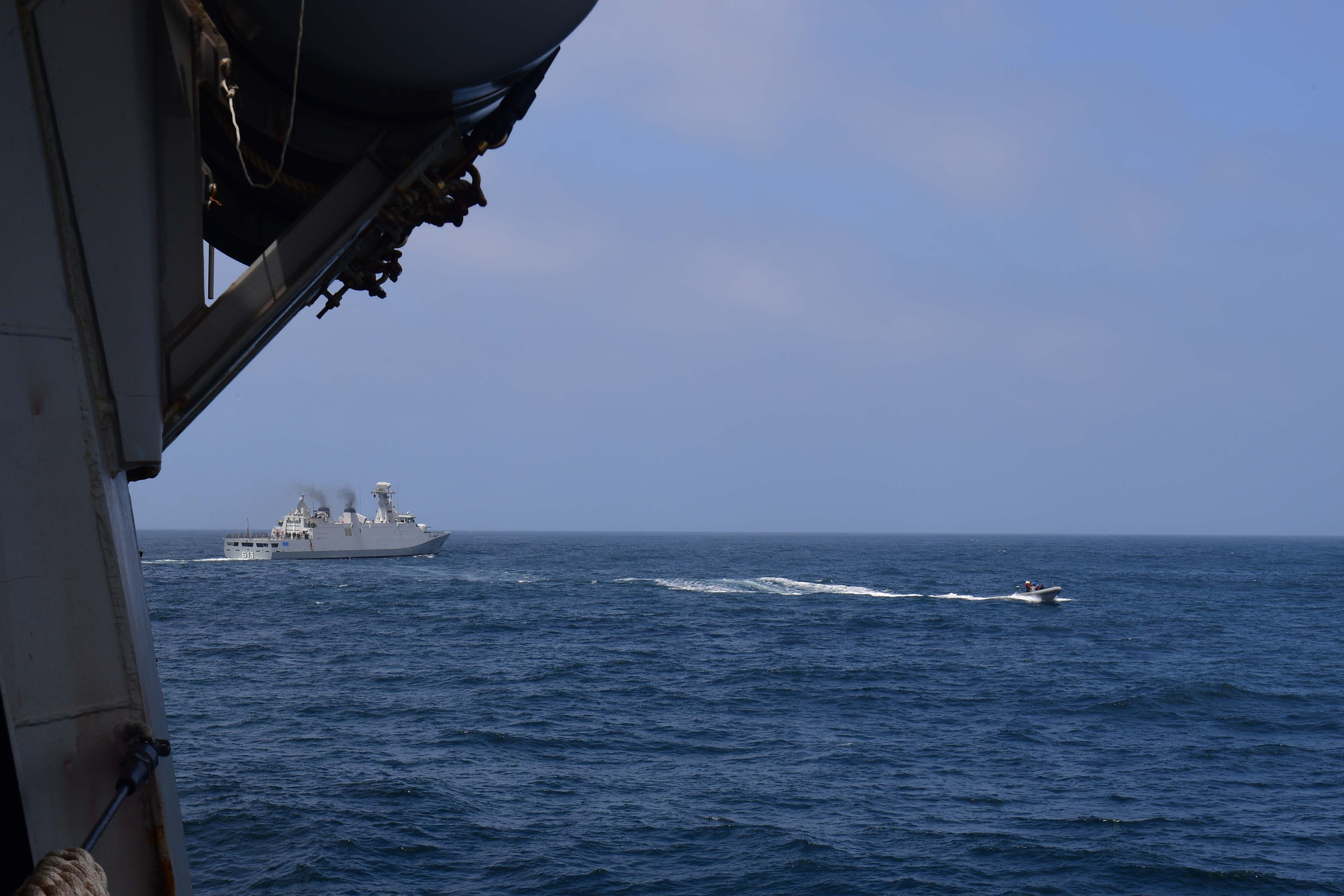 PASSEX 18 - USS ROSS (DDG71) et RMN Tarik Ben Ziyad (613) 42340409330_296f1b772c_o