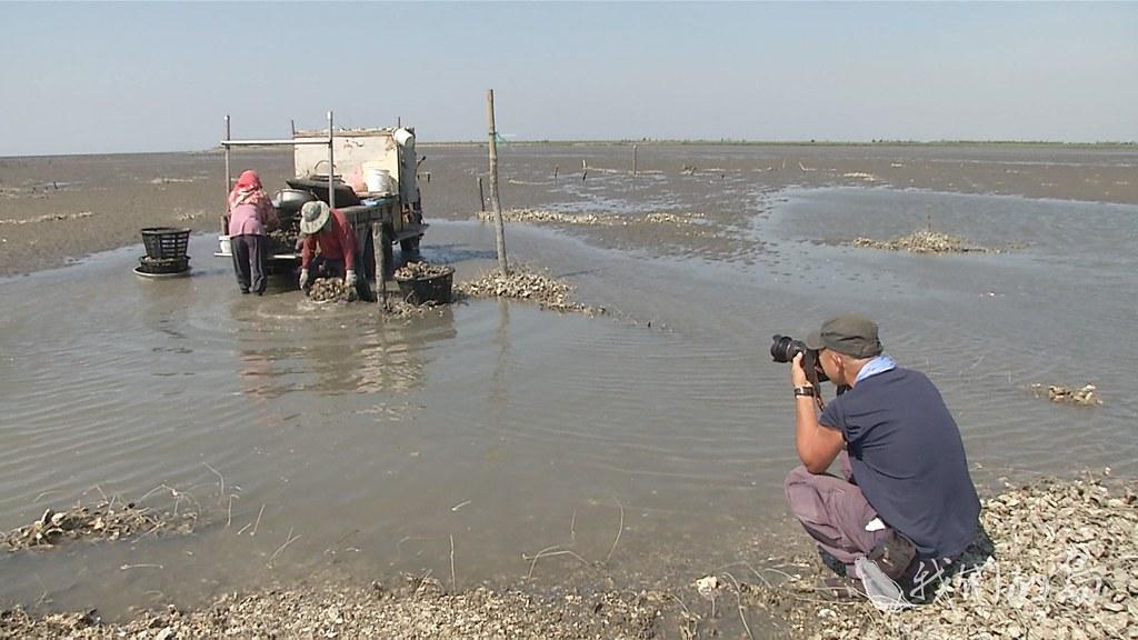 959-06s對柯金源導演來說,環境紀錄沒有逗點,這部紀錄片,有點像是環境資訊懶人包