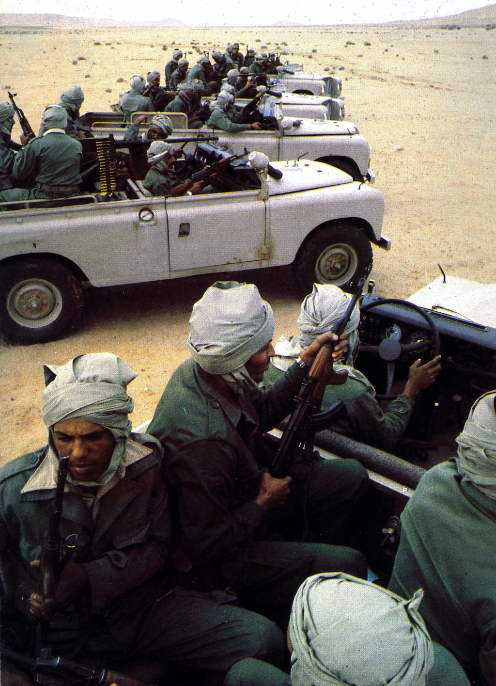 Le conflit armé du sahara marocain - Page 11 43446974284_fd1a172899_o