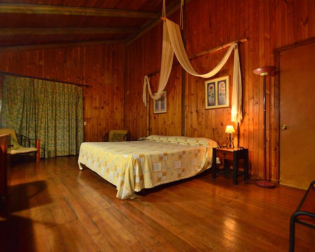 Habitación de una de las cabañas del hotel Iberostar de Cayo Largo del Sur