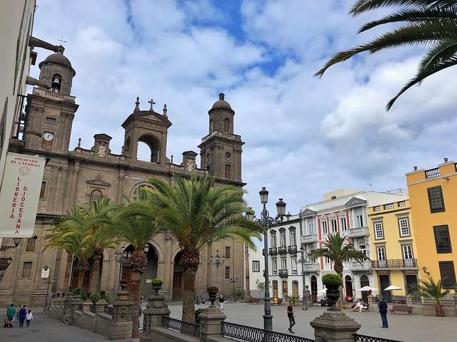 Plaza de Santa Ana en el barrio de Vegueta (Las Palmas de Gran Canaria)