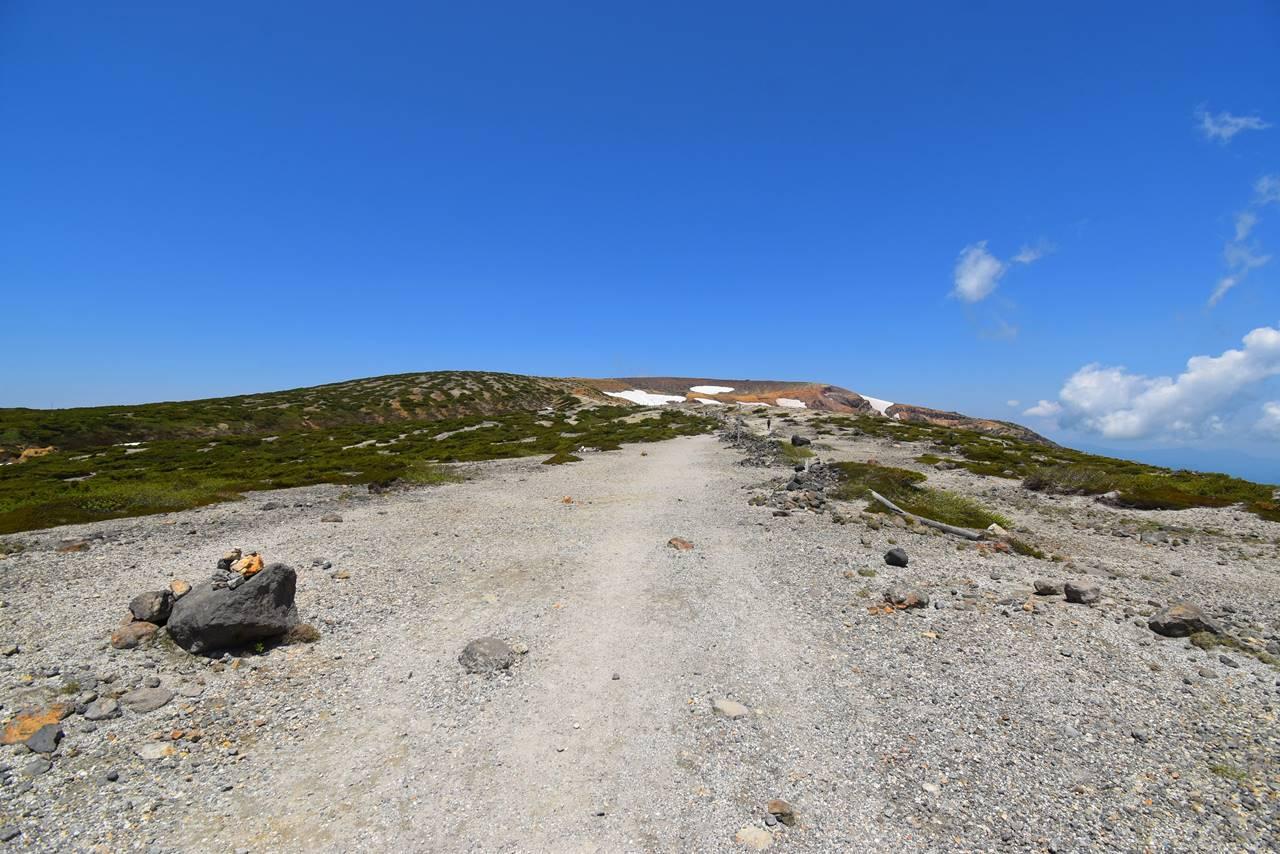 蔵王連峰・馬の背の稜線