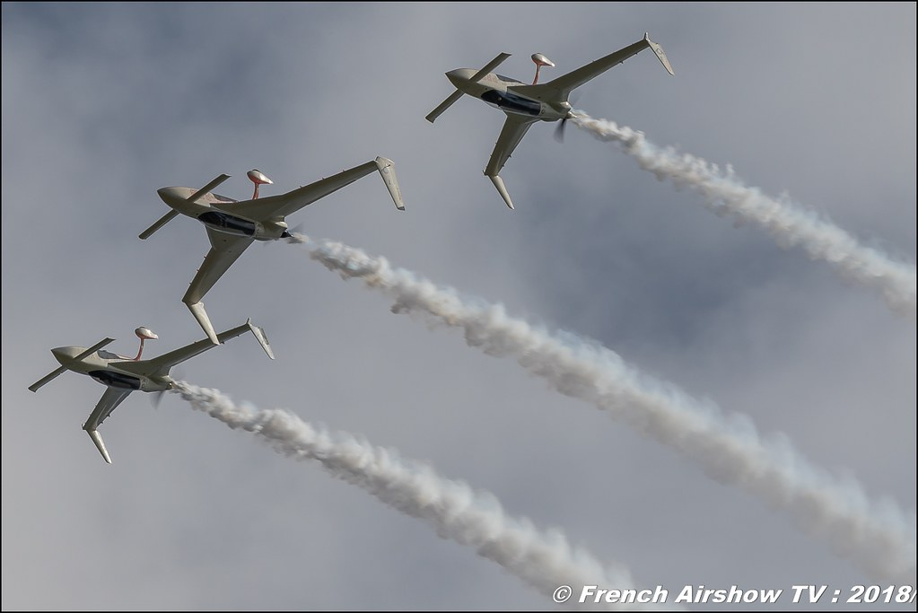 Patrouille Reva , AéroLac Annecy 2018 , Canon EOS , Sigma France , contemporary lens , Meeting Aerien 2018