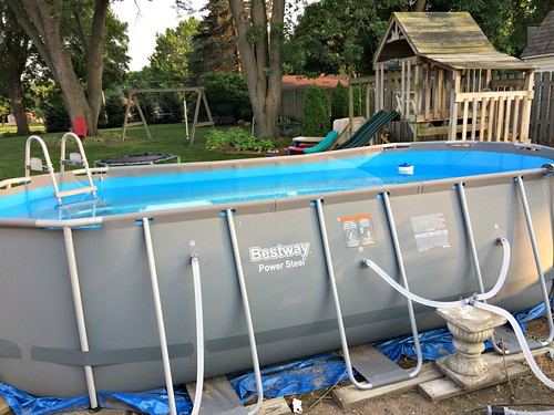 the Bestaway brand Costco Pool
