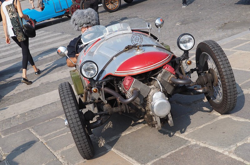 Moto Guzzi Café Racer 29703459108_355c7b7004_c