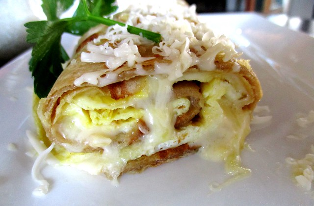 The Cafe IND cheese egg roll, cross-section
