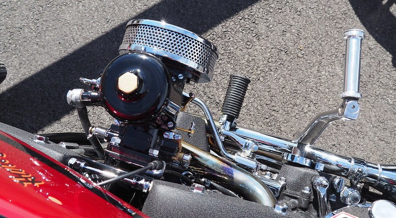 Harley Davidson gros carbu SU 43096123025_caeca1b08d_c