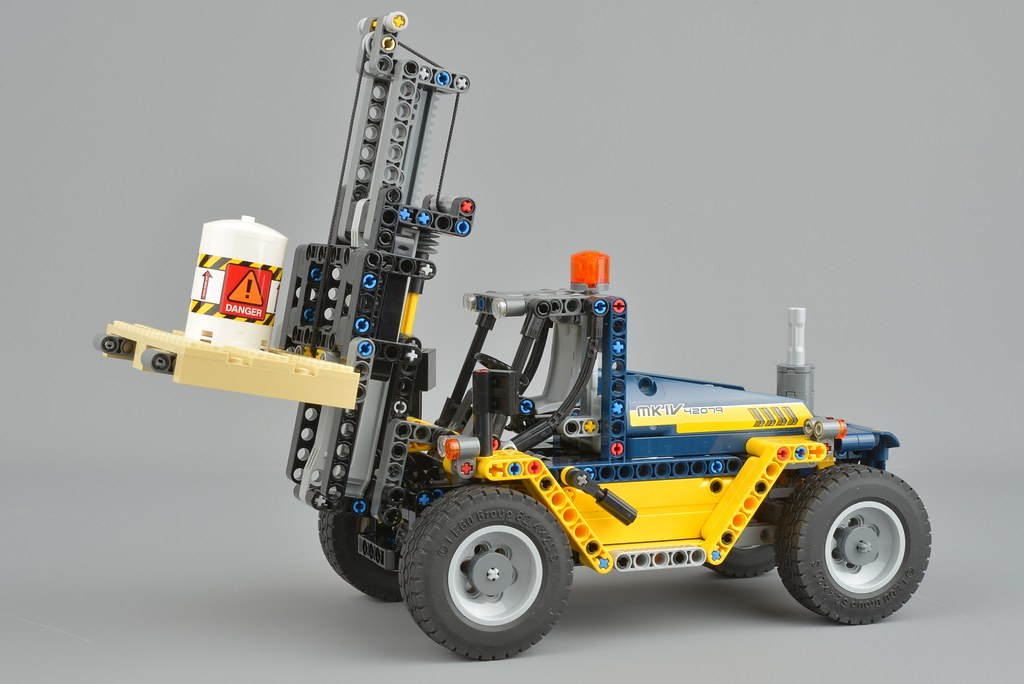 Review 42079 Heavy Duty Forklift Brickset Lego Set Guide And