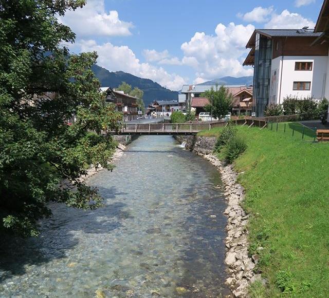 The small river that crosses Kaprun