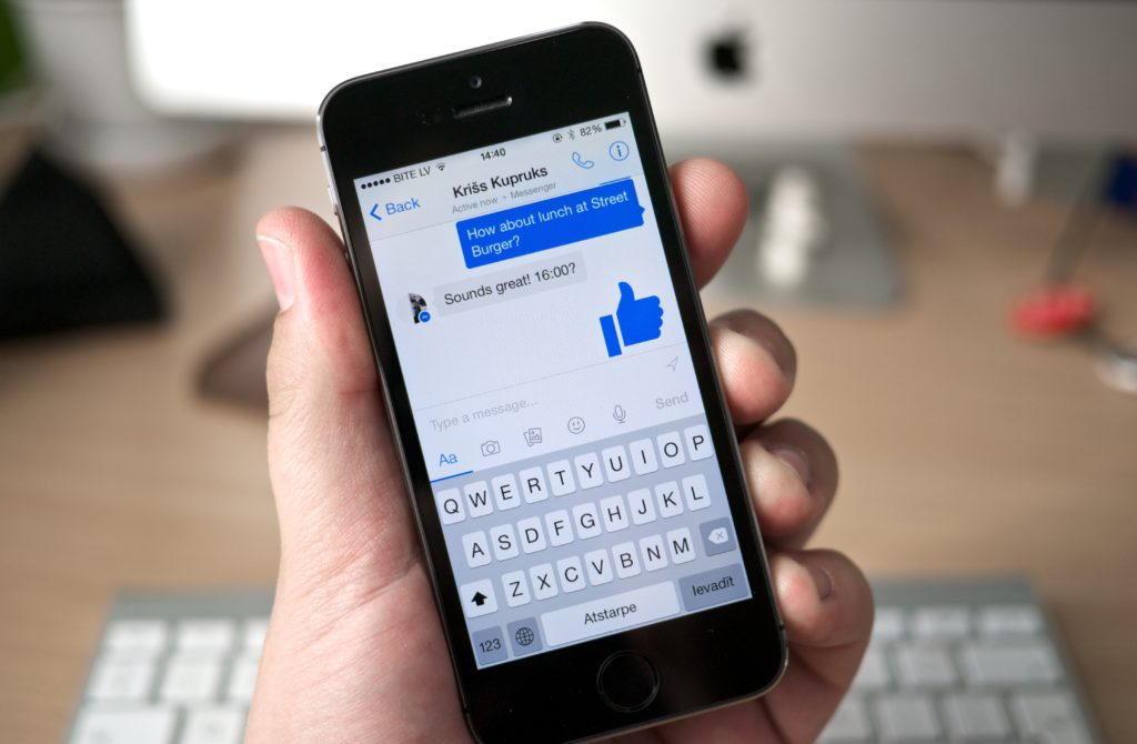 Facebook-Messenger-en-un-movil