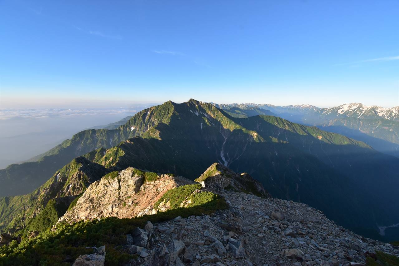 五竜岳山頂からの鹿島槍ヶ岳