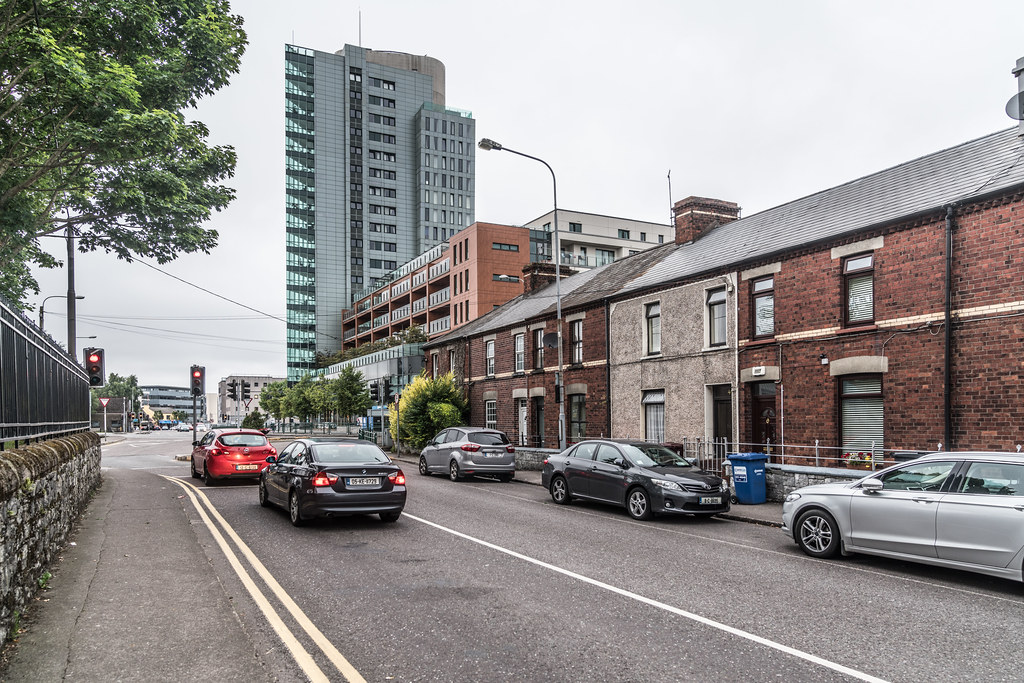 AREA NEAR THE ROUNDABOUT ON VICTORIA ROAD IN CORK JULY 2017  005