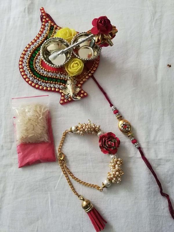 fancy lumba rakhi
