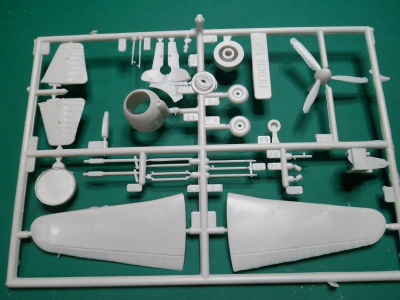 Ouvre-boîte Bloch 152 [Heller Musée 1/72] 43474490465_421a247cfb_c