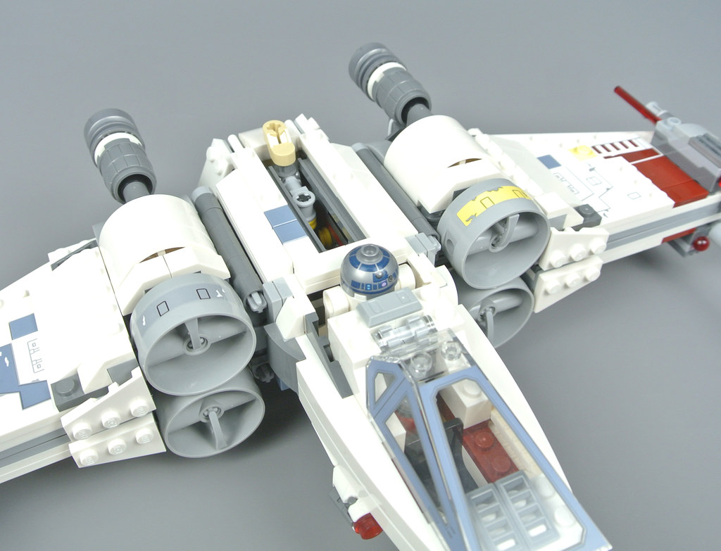 13f9505eeff4 LEGO Star Wars 75218 X-wing Starfighter review