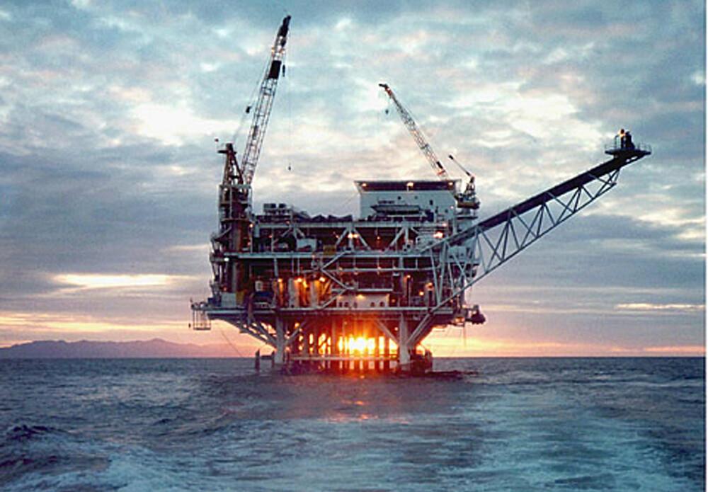 加州外海鑽油平台。圖片來源:美國政府U.S. Government