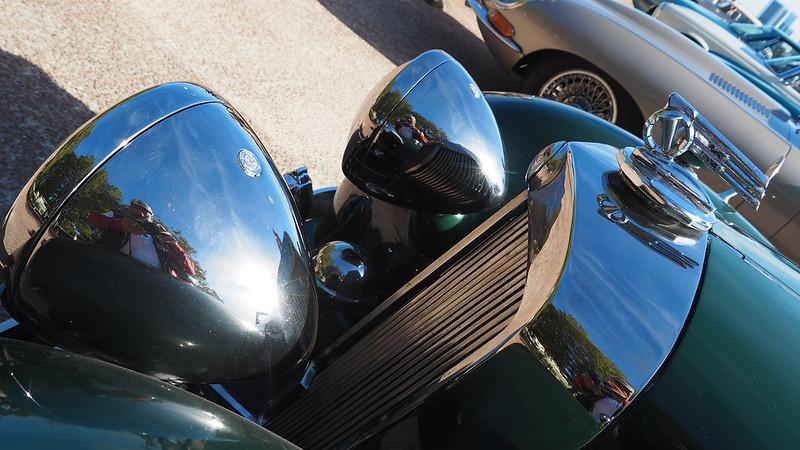 Triumph 2000 TR 1948/49 30704227318_f075f871c9_c