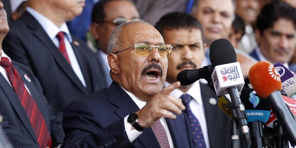 前葉門總統沙雷向支持者發表演說。(圖片來源:Mohammed Huwais/AFP)