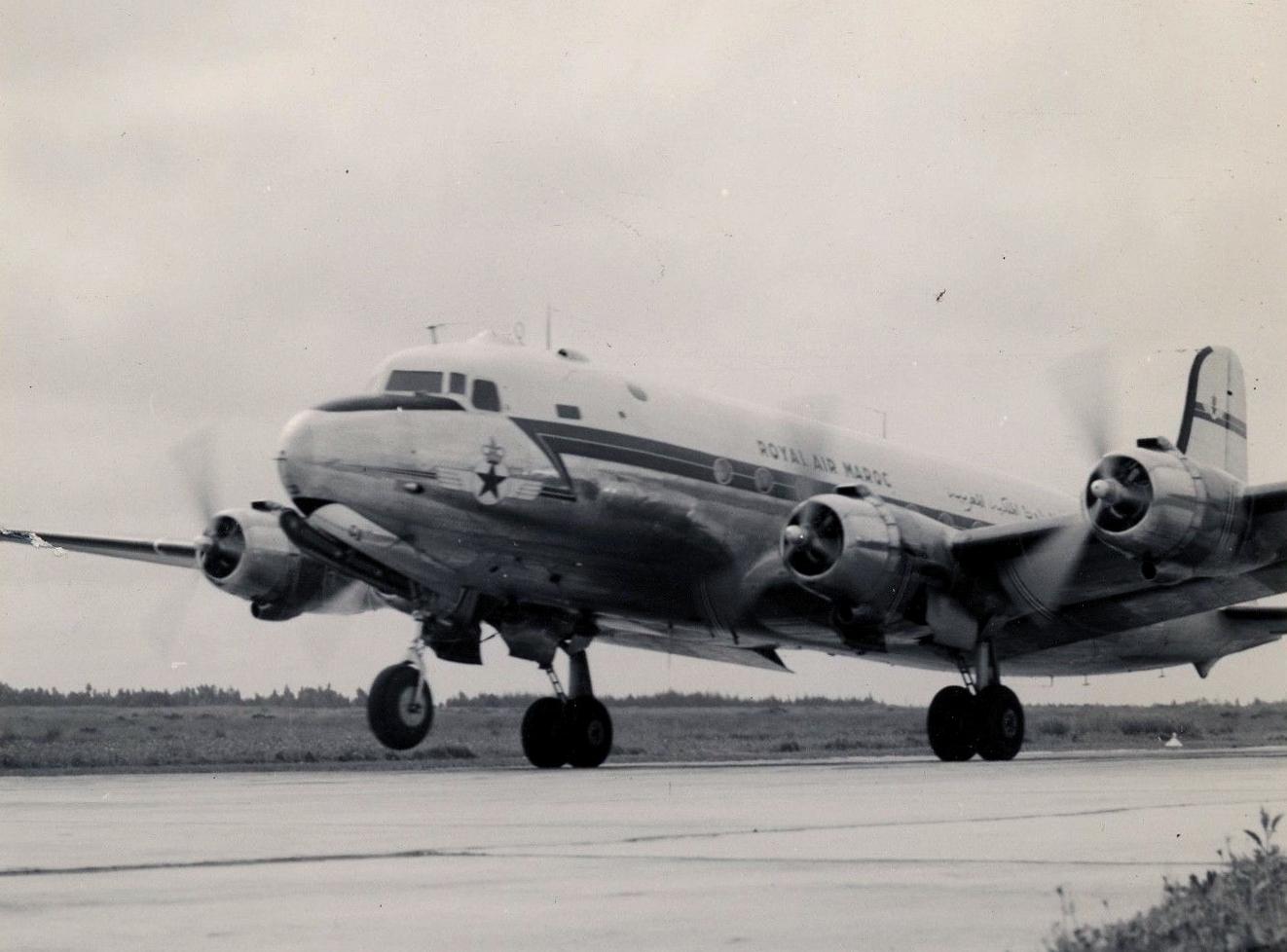 Anciens avions de la RAM 44299339602_3532a46eb3_o