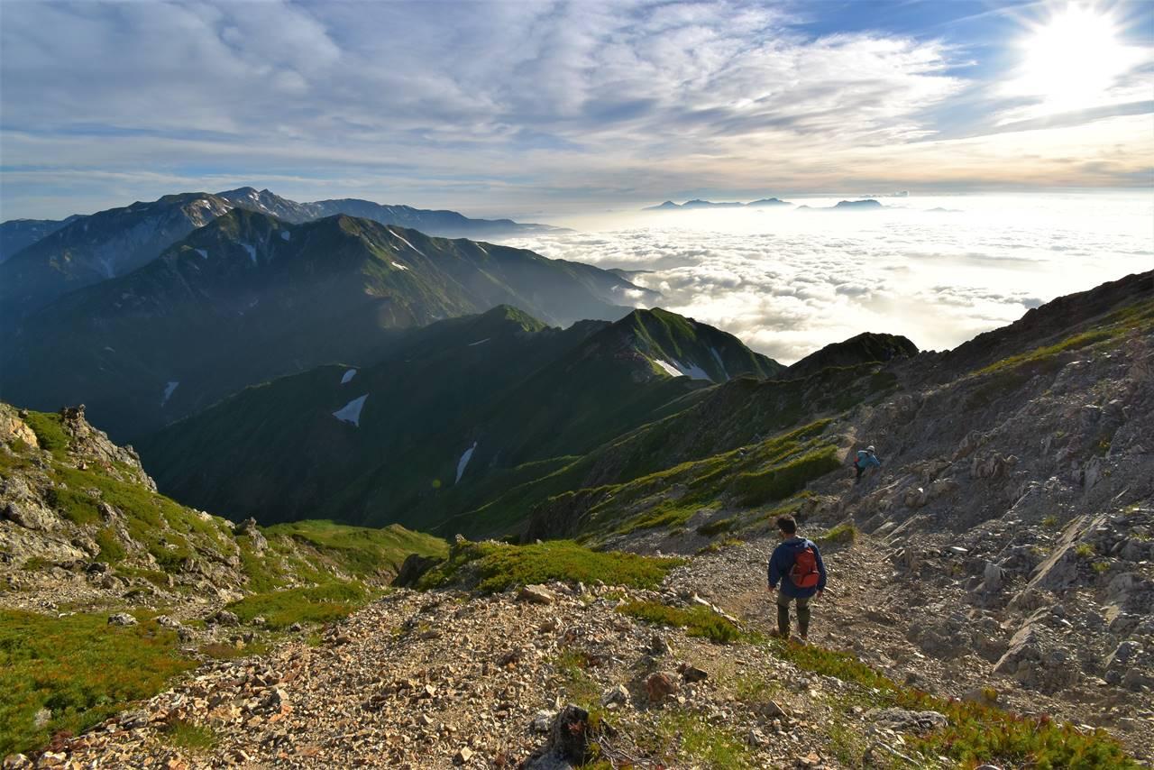 五竜岳登山 唐松岳に至る稜線