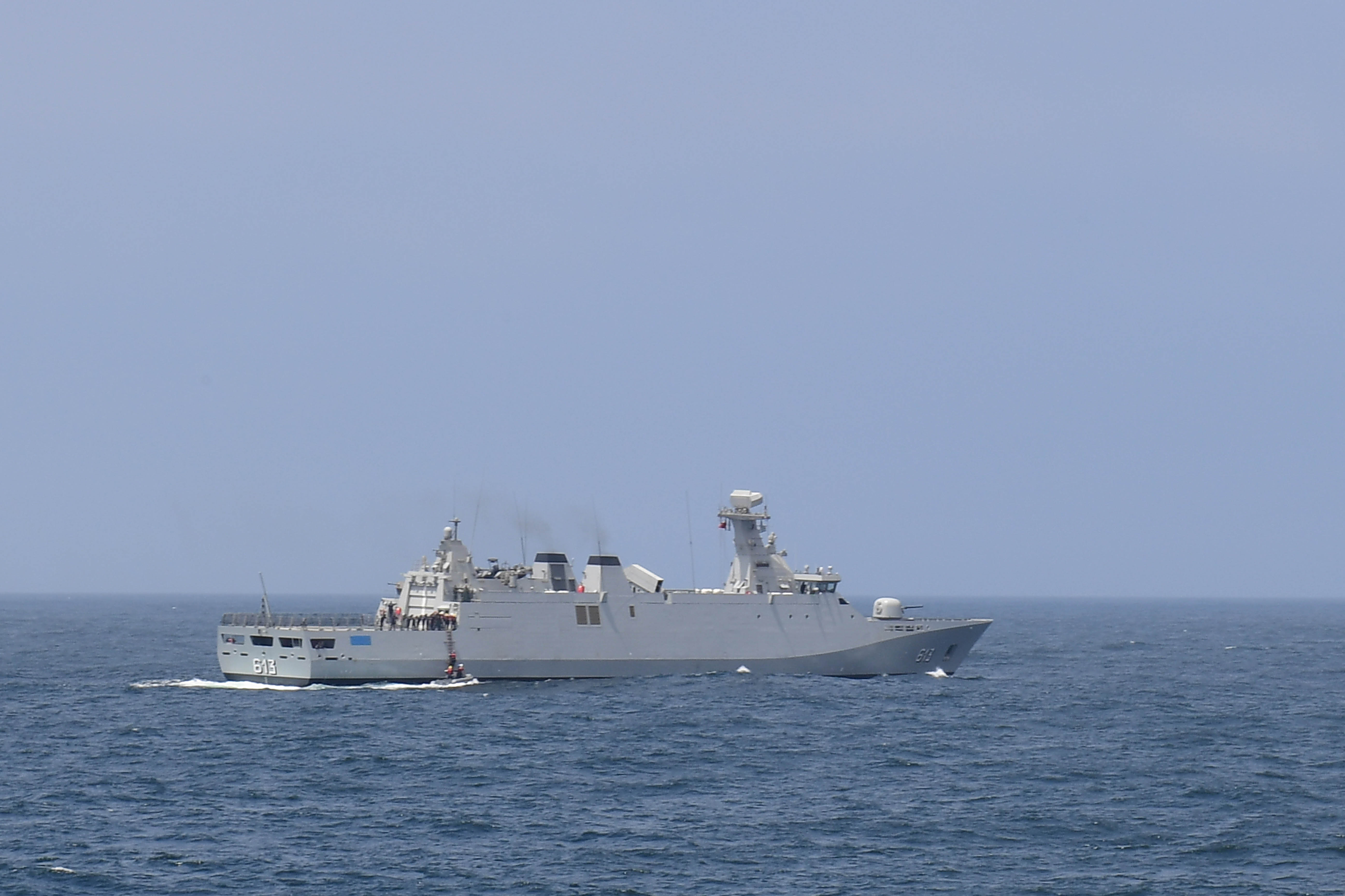 PASSEX 18 - USS ROSS (DDG71) et RMN Tarik Ben Ziyad (613) 43242654165_ae45b7275d_o