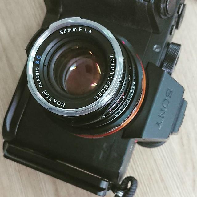 Voigtlander 35mm f1.4 sc 人像表現