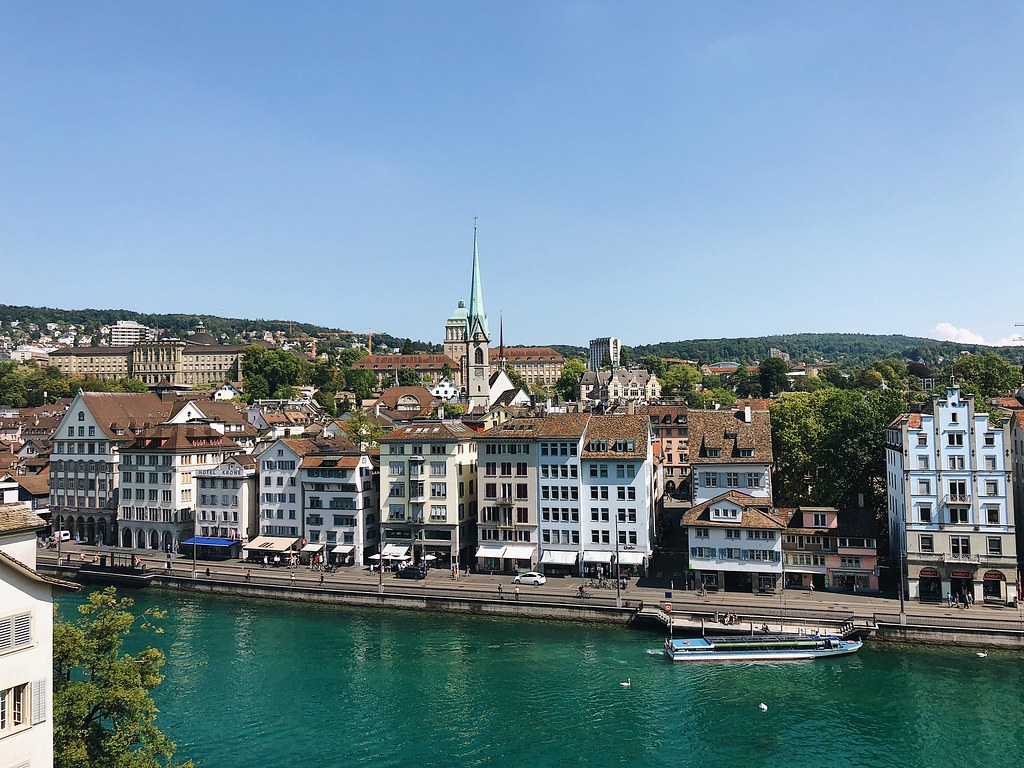 Zürich: Highlights and Observations