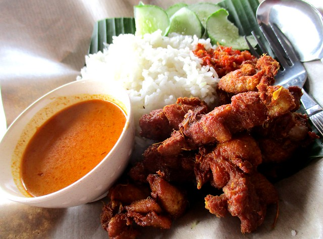 Warong Cafe nasi kak wok