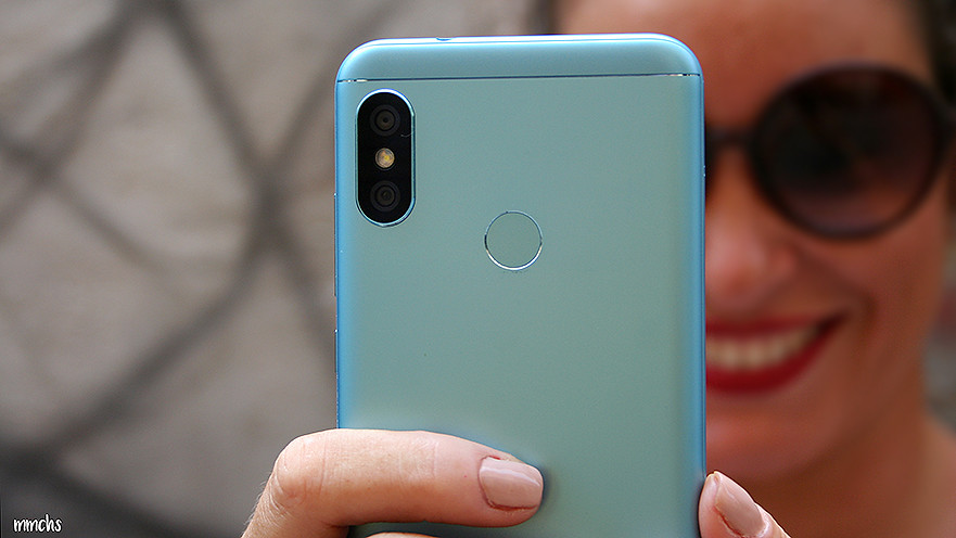 cámara dual Xiaomi A2 Lite en azul de Gearbest
