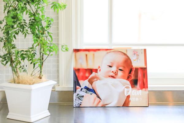 絵本風フォトスタンドのお子さんのお顔を見て毎日ハッピーに❤