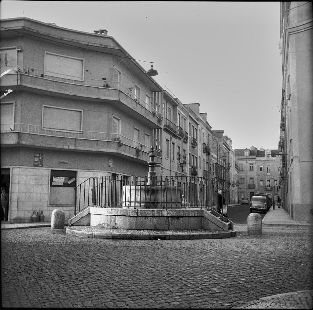 Chafariz da Rua Sabino de Sousa, Alto do Pina (A.J.Fernandes, 1964)