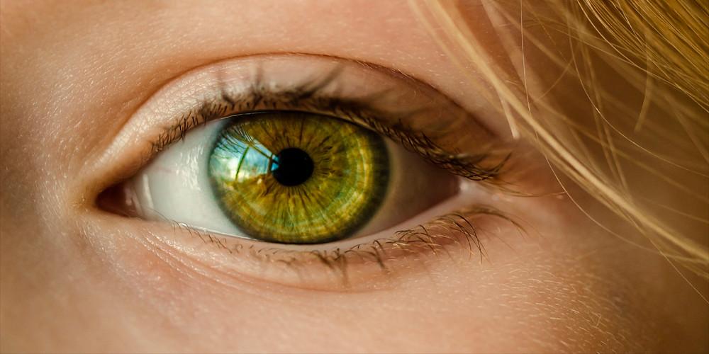 24e3ef7089178 Cuidado al usar lentes de contacto