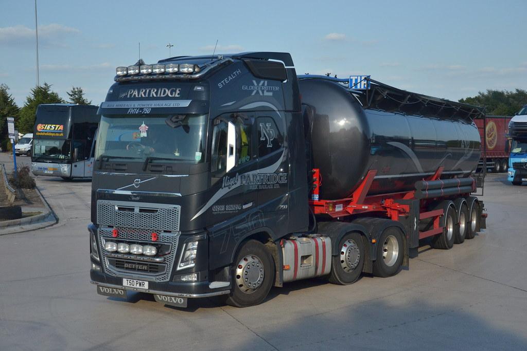 pwr volvo fh   nigel partridge  lymm truckstop flickr