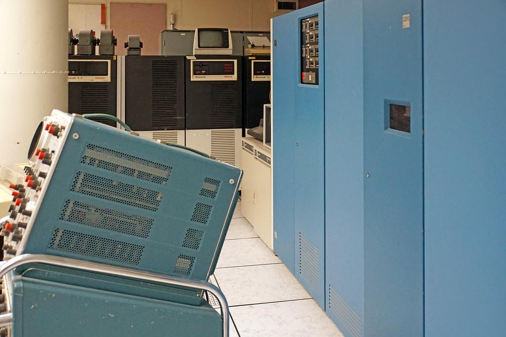 Mainframe White Room
