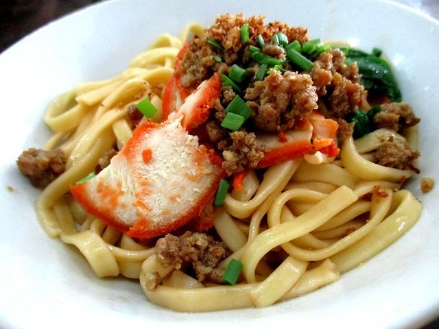 A one Cafe kolo mee, handmade noodles